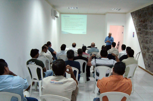 Course for CPFL technicians in the Hydropower Plant of Capão Preto, São Carlos, SP (2012)